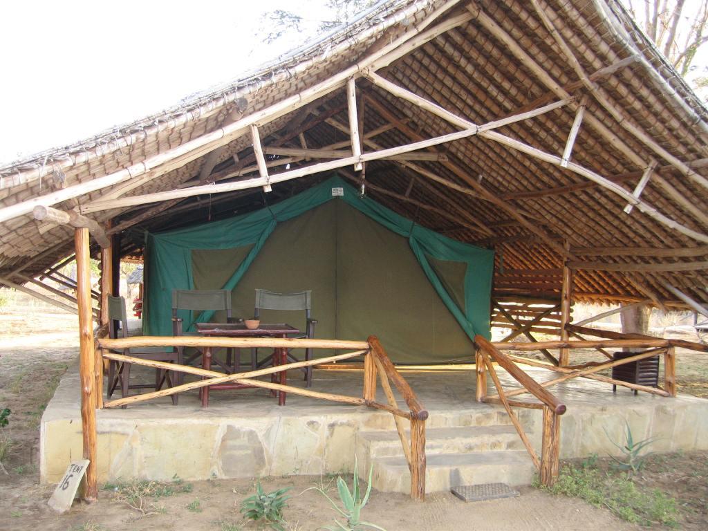 Satao Tent 2